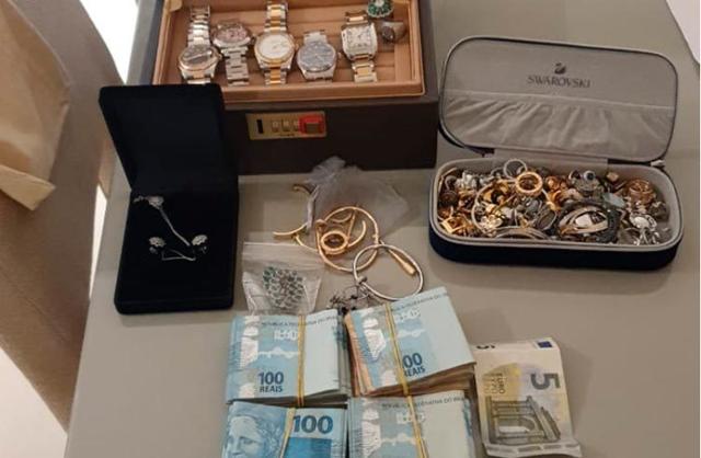 """Lừa đảo 300 triệu USD, """"ông vua Bitcoin"""" vừa bị bắt - Ảnh 1."""