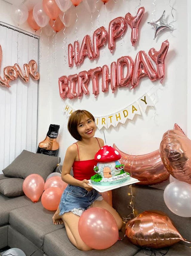 """Lần đầu tiên """"khoe mẹ chồng trên Facebook, Uyên Pu nói một câu khiến fan đủ hiểu cuộc sống viên mãn cỡ nào - Ảnh 2."""
