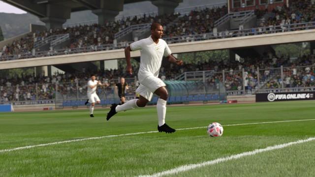 Báo đen Eto'o tái xuất FIFA Online 4 trong mùa thẻ huyền thoại, game thủ ráo riết tìm thủ môn xuất sắc để chuẩn bị vá lưới - Ảnh 4.