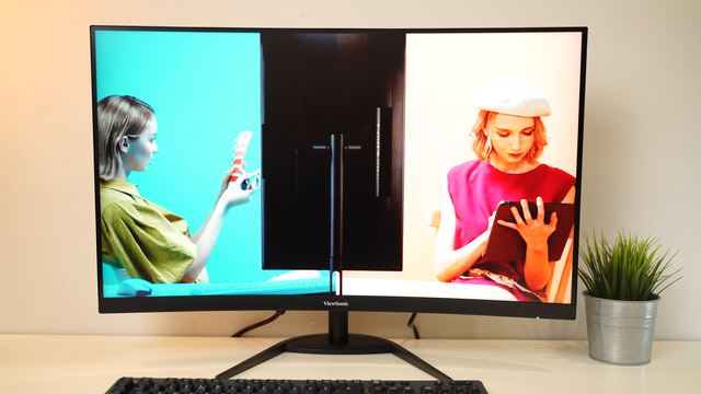 On hand gaming monitor VX3268-2KPC-MHD: Curved, big, super gaming - Photo 2.
