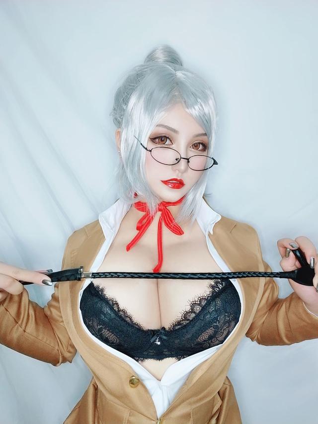 Ngắm nàng giáo viên ngực khủng trong Prison School, nhiều fan ước mong được trở thành nạn nhân của cô giáo - Ảnh 3.