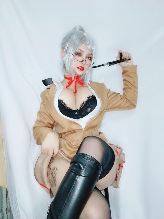 Ngắm nàng giáo viên ngực khủng trong Prison School, nhiều fan ước mong được trở thành nạn nhân của cô giáo - Ảnh 6.