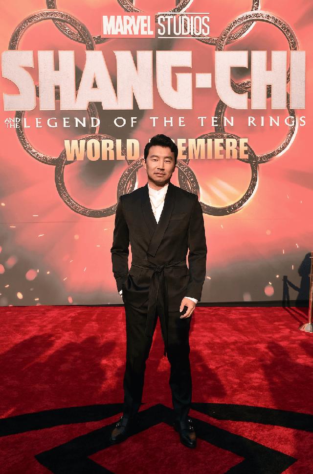 Bom tấn Shang-Chi của Marvel làm nổ tung mạng xã hội, khán giả khen không ngớt lại ví với cả huyền thoại Logan - Ảnh 1.