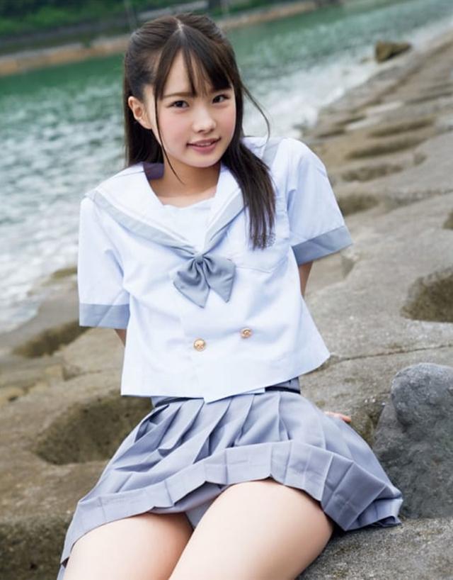 Ra mắt tác phẩm kỷ niệm hơn 3 tiếng, Yua Mikami vẫn thua xa đàn em vừa xấu vừa kém gợi cảm - Ảnh 3.