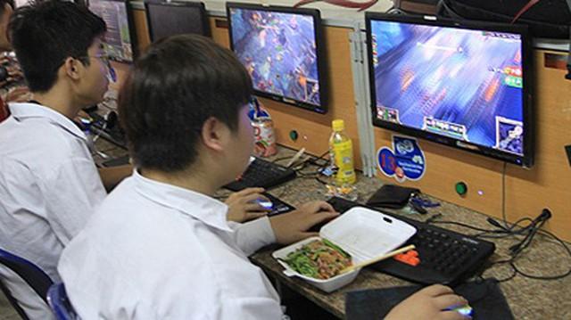 """So độ đạt chuẩn giữa khẩu phần ăn của tuyển thủ và """"combo ngồi net game thủ Việt? - Ảnh 9."""