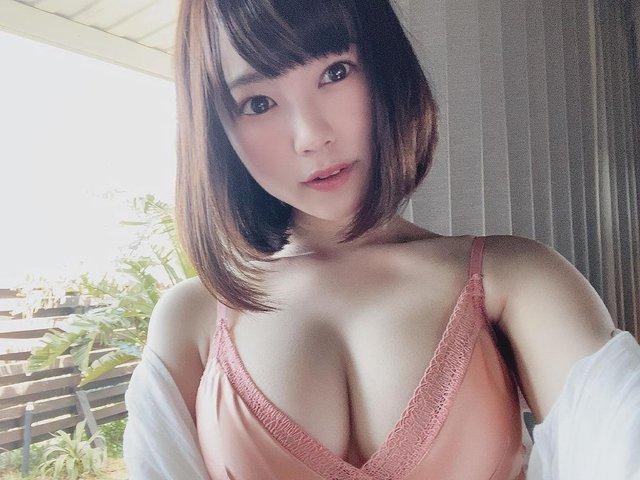 Loạt các mỹ nhân 18+ mới nổi Amamiyakanan2002302435077729304804332134895377710956462n-16298844658052061507929