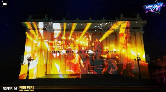 Bất ngờ mô hình Nhà Hát Lớn Hà Nội được làm bằng tay, giống đến từng chi tiết từ fan của game bắn súng - Ảnh 3.