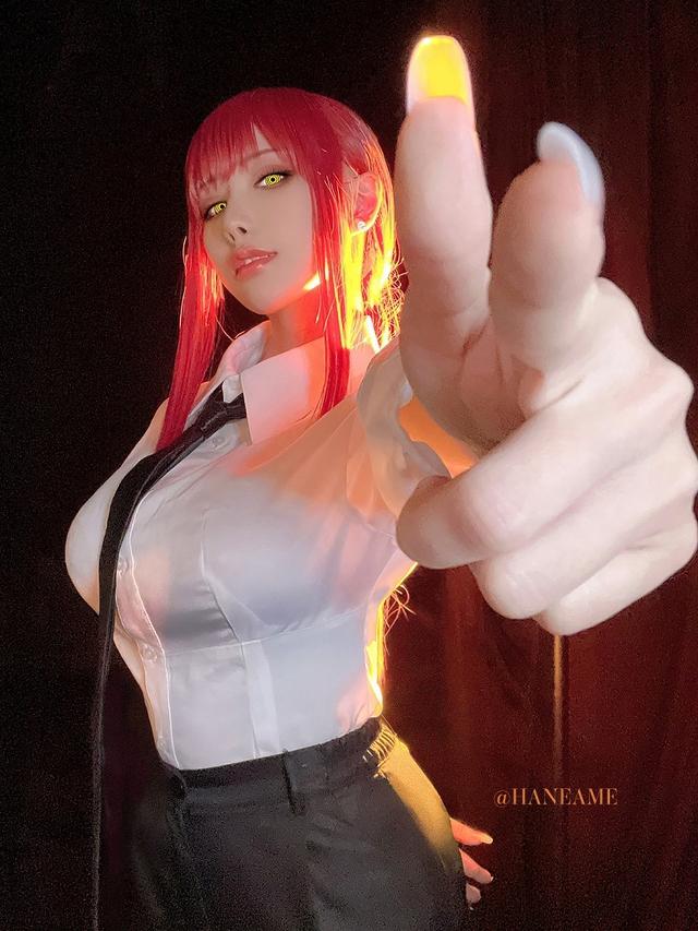 loạt ảnh cosplay Makima bằng xương bằng thịt do nữ coser HaneAme thể hiện Photo-1-162996933958374825438