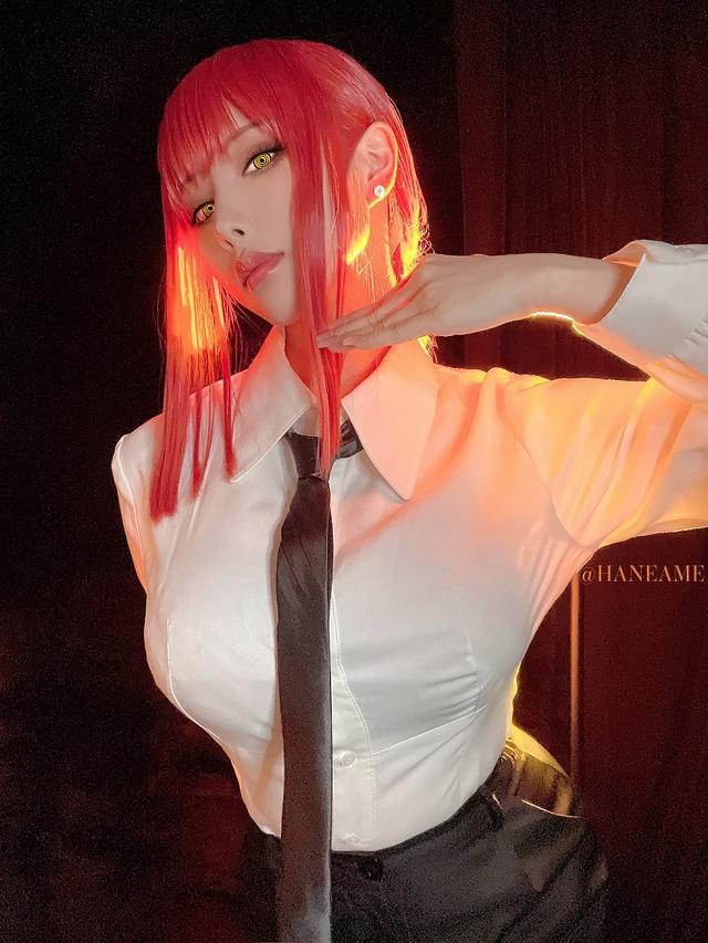 loạt ảnh cosplay Makima bằng xương bằng thịt do nữ coser HaneAme thể hiện Photo-1-16299693465041713315138