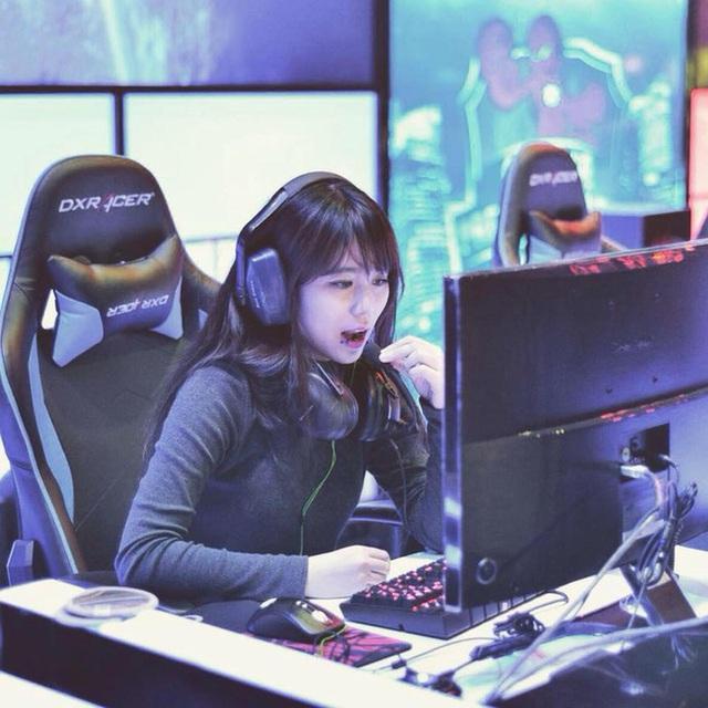 Thời tới không cản nổi, nữ game thủ được ông lớn mở đường chinh phục Esports - Ảnh 5.