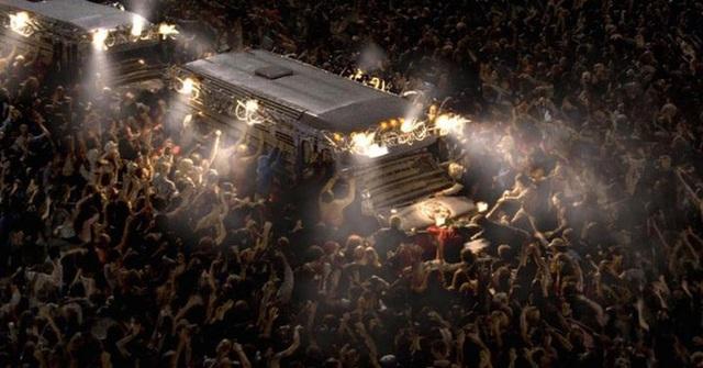 Sự bùng phát của zombie nếu có thật sẽ khủng khiếp như thế nào? Sau 100 ngày, chỉ còn lại 181 người sống trên Trái Đất! - Ảnh 3.