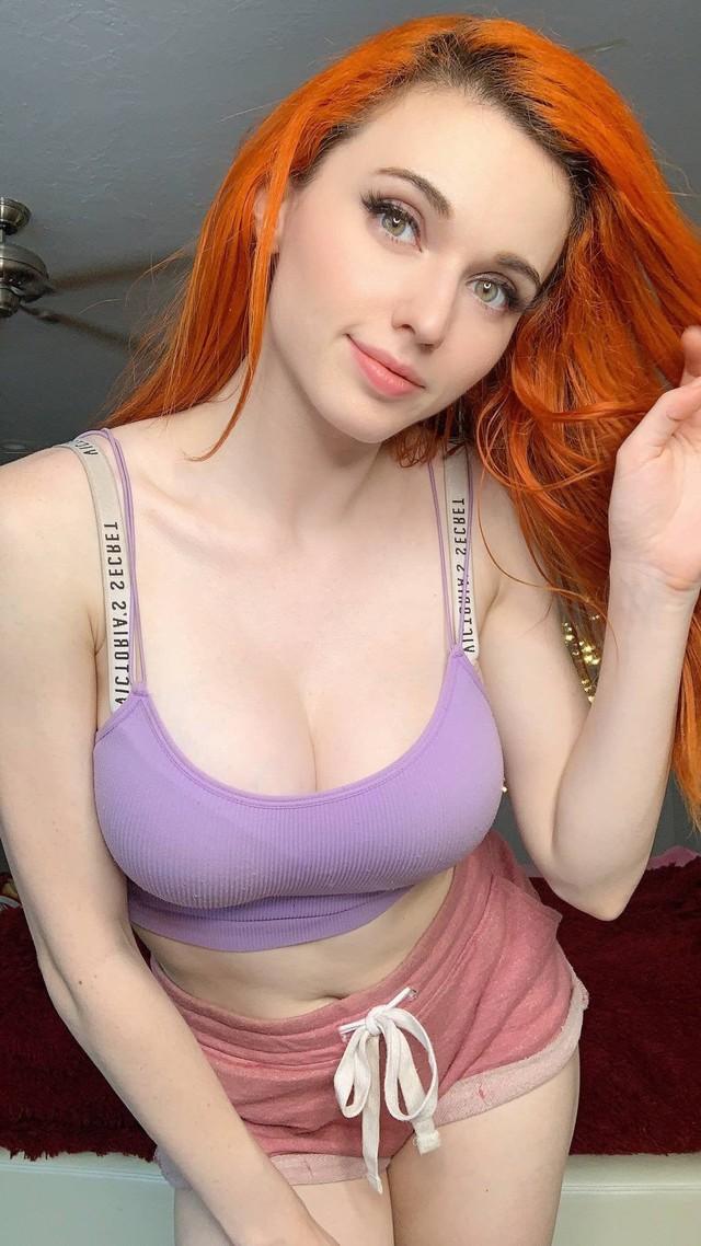 Amouranth - nữ streamer gợi cảm nhất thế giới Photo-1-1630147371761785275208
