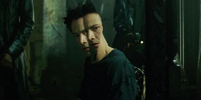 The Matrix 4 công bố tựa đề chính thức: Resurrections - Tái sinh, Neo và Trinity đều tái xuất nhưng lại mắc kẹt trong ma trận vì mất sạch ký ức - Ảnh 5.