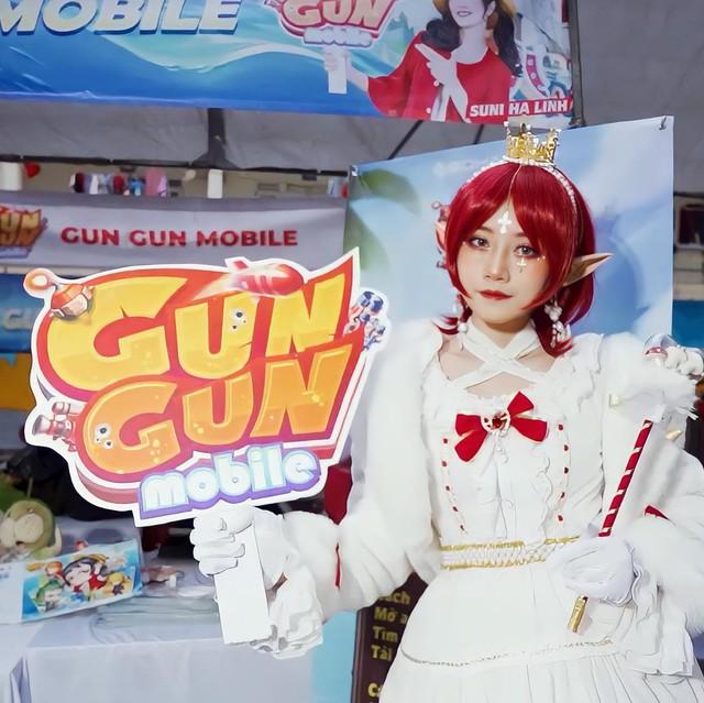 """Gun Gun Mobile Giữa mùa dịch, nữ coser """"vượt khó"""" cosplay bằng thứ không ai ngờ tới Photo-1-1630409279372207575689"""