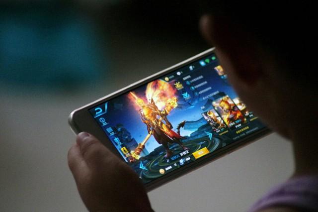 """Trung Quốc cấm chơi game ngày thường, cuối tuần chỉ """"thả"""" 1 tiếng Photo-1-1630422870978769063704"""
