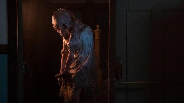 Game thủ phấn khích về những hình ảnh đầu tiên của phim Resident Evil mới - Ảnh 5.