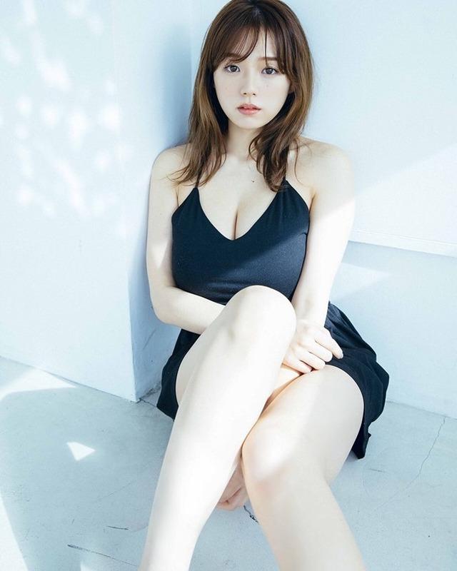 """YouTuber Mukbang, hot girl sở hữu """"vòng một đẹp nhất"""" Nhật Bản lộ gương mặt thay đổi Photo-1-16313387276241112160524"""