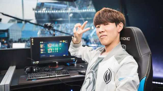 Cộng đồng Hàn Quốc bình chọn người chơi đường trên số 1 lịch sử: Tranh cãi nảy lửa về việc TheShy xếp trên Marin - Ảnh 2.