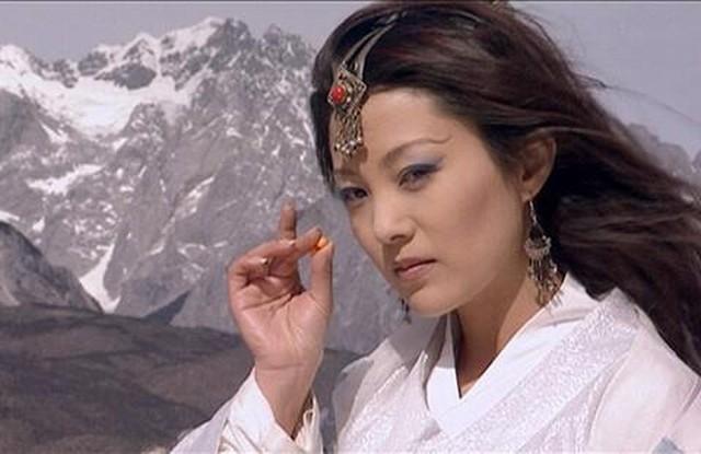TOP 5 nữ nhân sở hữu võ công khủng khiếp nhất trong truyện Kim Dung, đụng nhầm có ngày xanh cỏ - Ảnh 10.