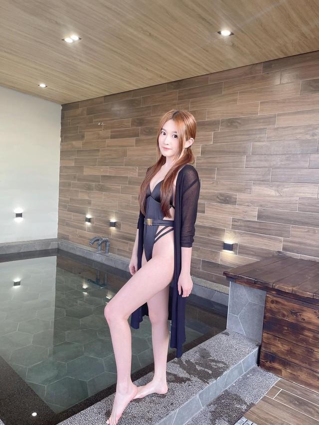 Arie đăng bộ ảnh mặc bikini cực kỳ hot lên mạng xã hội Photo-1-16316834566631296643933