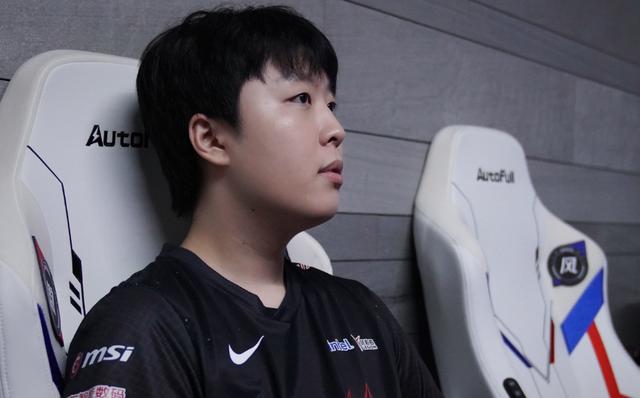 Kanavi tiết lộ muốn trở lại LCK sau một mùa giải bết bát, truyền thông Hàn Quốc rộ tin đồn anh sẽ gia nhập T1 - Ảnh 1.