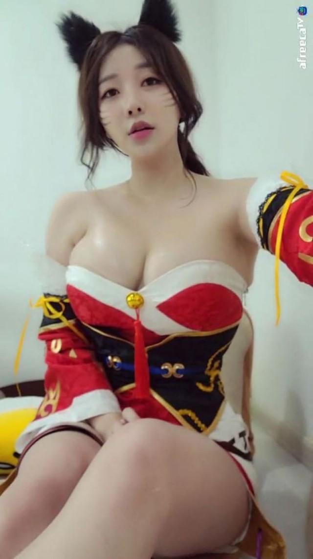 Ran - cô nàng streamer xinh đẹp với vòng một siêu gợi cảm Photo-1-16320321780501734825286