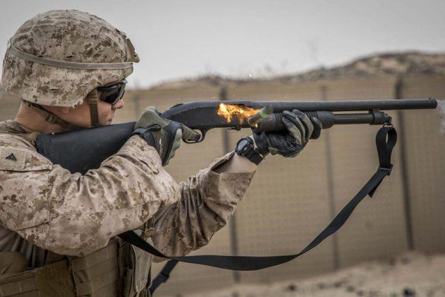 6 quan niệm sai lầm về súng đạn mà game đã khiến chúng ta tin sái cổ - Ảnh 3.