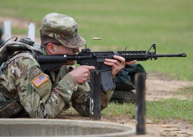 6 quan niệm sai lầm về súng đạn mà game đã khiến chúng ta tin sái cổ - Ảnh 6.