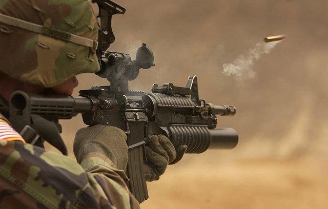6 quan niệm sai lầm về súng đạn mà game đã khiến chúng ta tin sái cổ - Ảnh 7.