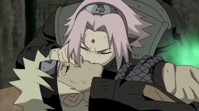 Dù muốn hay không, Naruto cũng là người cướp đi nụ hôn đầu của hai vợ chồng Sasuke - Ảnh 4.