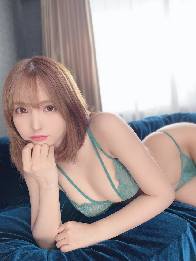 Yua Mikami khiến nhiều fan ghen tị -16322041777581041110818