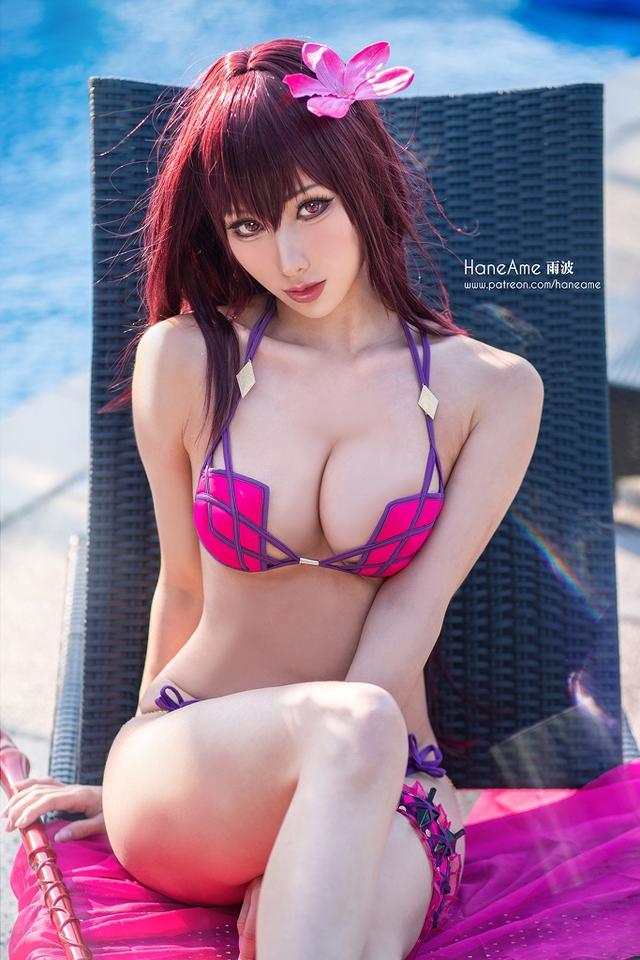 Ngắm mỹ nhân Fate/Grand Order thả dáng trong bộ bikini hồng rực rỡ, nhìn tâm hồn to mà sướng cả mắt - Ảnh 3.