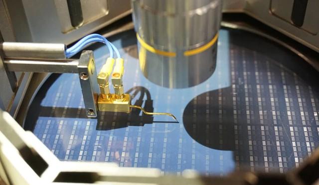 Nạn thiếu chip toàn cầu hiện nay có thể dẫn đến tình trạng thừa chip vào năm 2023 - Ảnh 1.