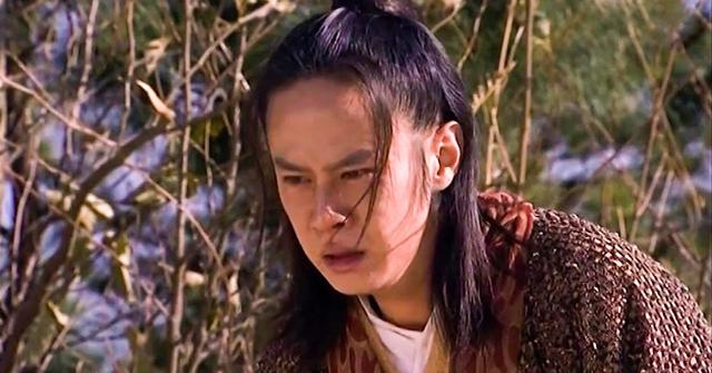 6 nhân vật 1 chụp 1 chết, đánh bại đối thủ chỉ bằng một chiêu trong vũ trụ Kim Dung: Dương Quá gần cuối, TOP 1 là... nữ - Ảnh 3.