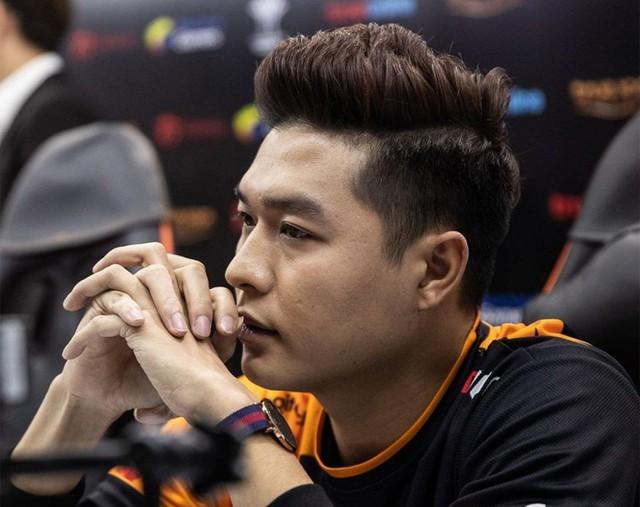 Fan Team Flash bình luận ẩn ý, tạo áp lực trên Fanpage thủ lĩnh Gấu trước giờ đối đầu V Gaming - Ảnh 5.