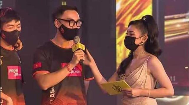 """MC Phương Thảo khiến fan phấn khích khi trổ tài """"check-map, đối tượng đầu tiên lại là người cũ nhiều duyên nợ - Ảnh 6."""