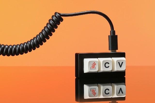 Bàn phím tối giản nhất thế giới Photo-1-16329305489481568635963