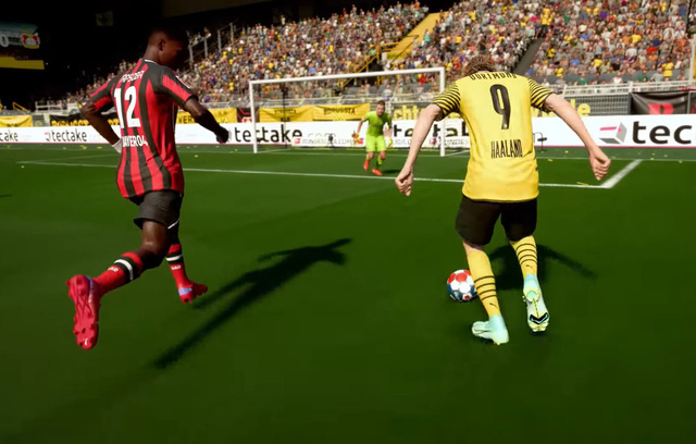 FIFA 22 is available on Steam, the configuration is extremely light, without a graphics card it still plays well - Photo 1.