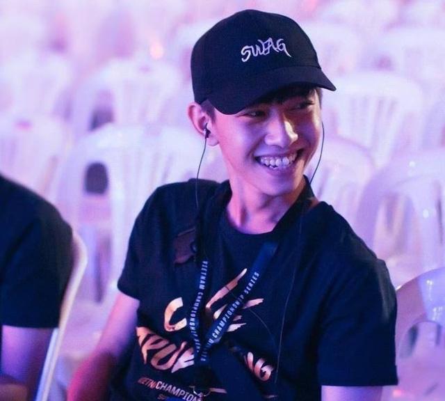 BLV Văn Tùng trở thành cố vấn tuyển dụng cho BRO -1630897734929888321052