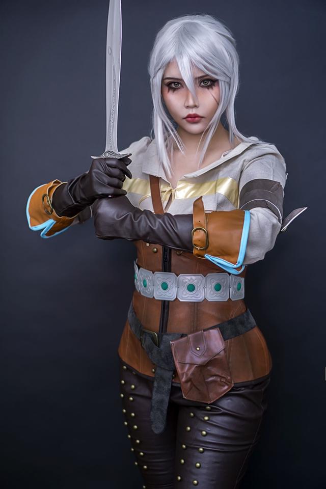 The Witcher: Ngắm cosplay Ciri chân dài gợi cảm và quyến rũ Photo-1-16310707820911945892907