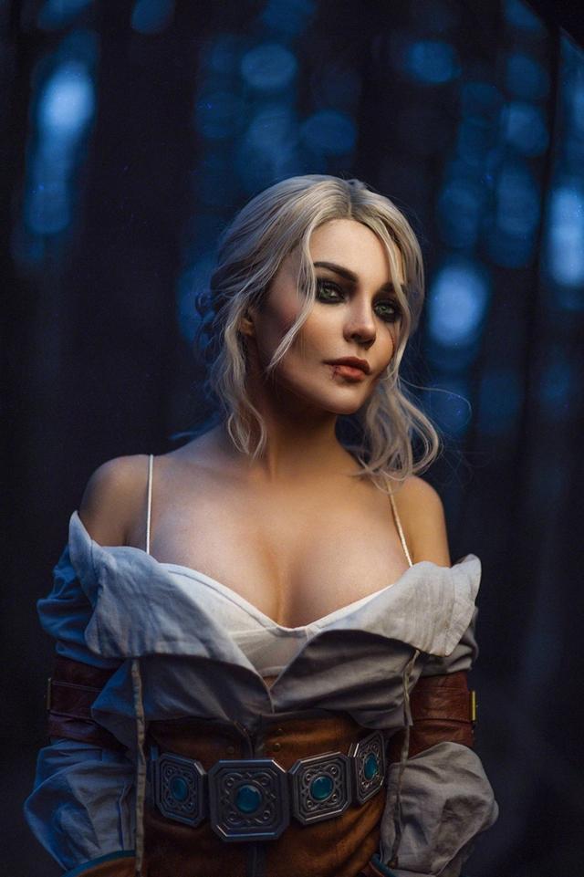 The Witcher: Ngắm cosplay Ciri chân dài gợi cảm và quyến rũ Photo-1-1631070981868286004079