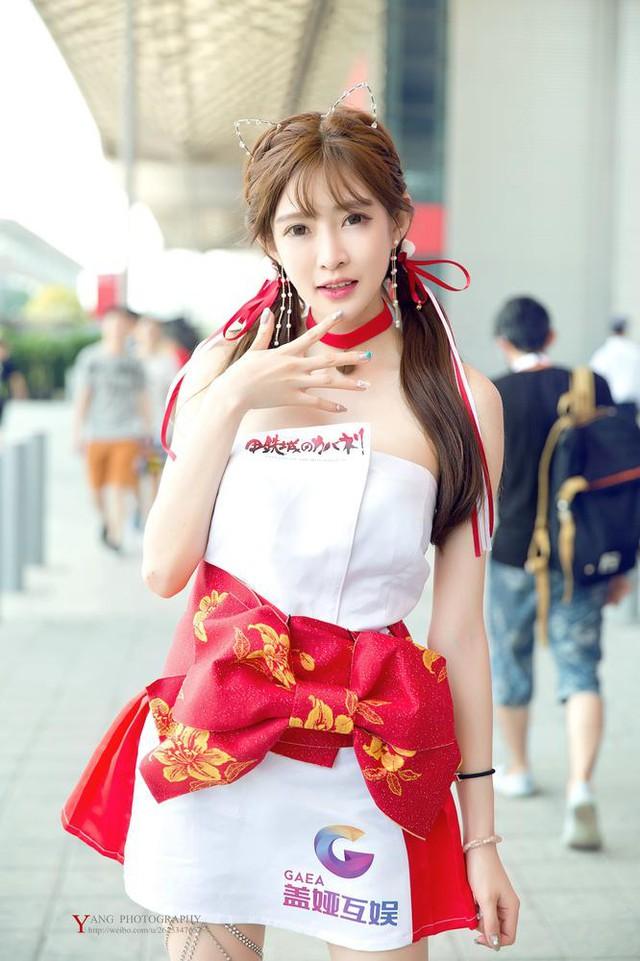 Vương Vũ Sam - Showgirl xinh đẹp nhất tại sự kiện ChinaJoy 2017 vừa qua