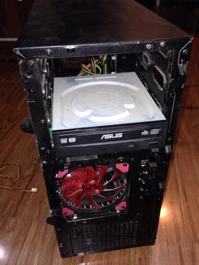 Đỉnh cao, game thủ Việt biến 'cục sắt phế thải' thành máy tính đẹp lung linh