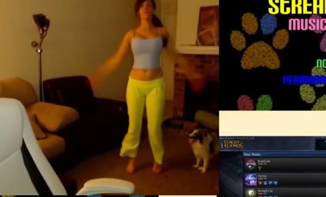 Nữ game thủ bị ban thẳng cổ khỏi Twitch vì dám nhảy nhót câu tiền thay vì ngồi chơi game