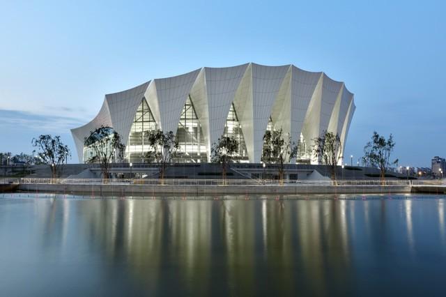 Vòng Bán Kết sẽ diễn ra vào 28-29/10 tại Trung tâm Thể thao Phương Đông Thượng Hải, Thượng Hải, Trung Quốc.