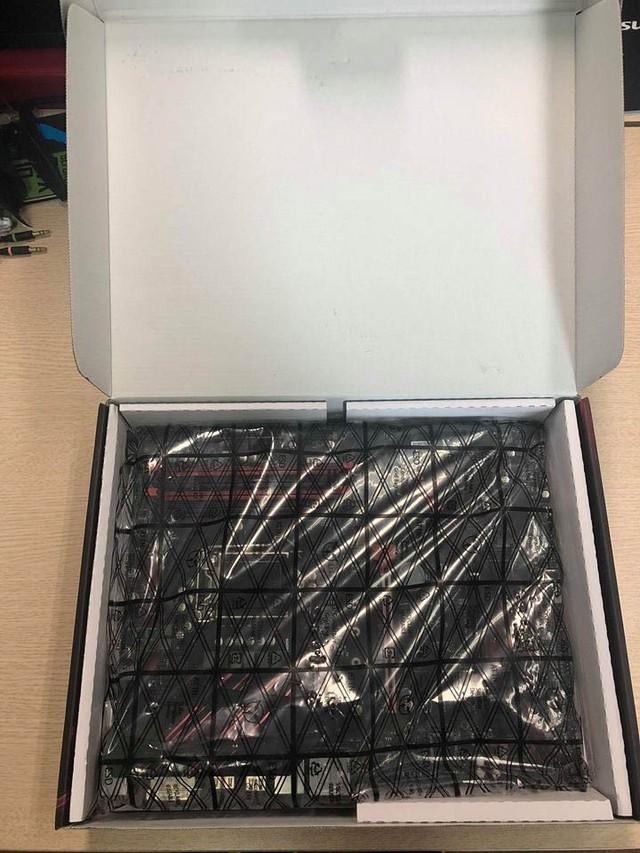 Đập hộp bộ đôi Z390 Gaming Plus và Gaming Pro Carbon của MSI: Vẫn khủng nhưng giá cực mềm, rất đáng mua - Ảnh 2.
