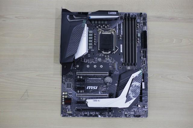Đập hộp bộ đôi Z390 Gaming Plus và Gaming Pro Carbon của MSI: Vẫn khủng nhưng giá cực mềm, rất đáng mua - Ảnh 12.