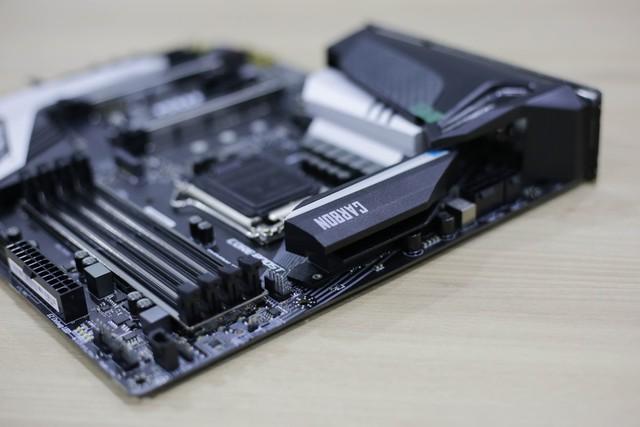 Đập hộp bộ đôi Z390 Gaming Plus và Gaming Pro Carbon của MSI: Vẫn khủng nhưng giá cực mềm, rất đáng mua - Ảnh 21.
