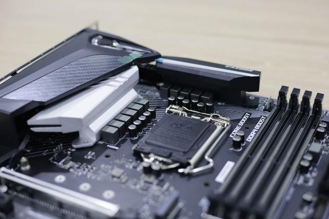 Đập hộp bộ đôi Z390 Gaming Plus và Gaming Pro Carbon của MSI: Vẫn khủng nhưng giá cực mềm, rất đáng mua - Ảnh 25.