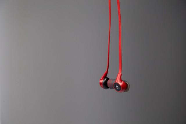 Đánh giá Cloud Earbuds - Tai nghe nhỏ gọn thoải mái nghe cực hay của Kingston HyperX - Ảnh 13.